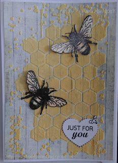 Aged woodgrain paper, gelato coloured texture paste, Memory box stencil. Stampotique Bees