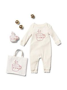 Baby Clothing: Baby Girl Clothing: The Sets Gift Sets | Gap