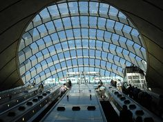 The #JubileeLine extension recently won the superlative accolade of Millennium Building of the Year by the Royal Fine Art Commission Trust. In addition, four stations were specially commended - Westminster, Southwark, Canary Wharf and North Greenwich.