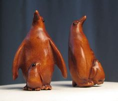 HAPPY Hand CARVED & Signed PENGUIN BOXWOOD Bead 4128FB - Premium Bead