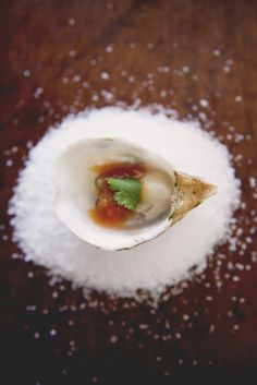 Bloody Mary Oysters {via The Kitchy Kitchen}