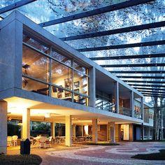 Fundacao Maria Luisa e Oscar Americano - Sao Paulo    Avenida Morumbi, 4077   (11) 3742-0077 