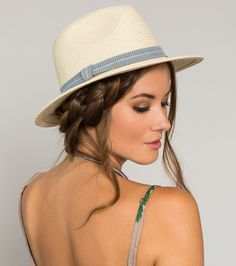 O'NEILL JOAQUIN HAT  Any traveler needs to protect her locks and keep a little shade.