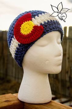 MNE Crafts: Two Toned Colorado Beanie