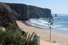 Aus irgendeinem ominösen Grund war Portugal Ewigkeiten von meiner Reise-Bucket-Liste verschwunden. Meine Eltern haben mehrere Jahre hintereinander drei Monate an der Algarve überwintert und nachdem...