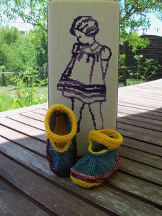 Bonnet fille 4 ans tricoté main hippie chic flower power baba cool bobo  chic bohème bohemian   Je tricote, tu tricotes, il tricote   Pinterest   Hippie  chic ... 4ad920cfb16