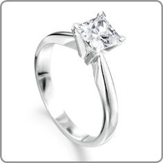 I think this is such a Gorgeous Engagement ring!!