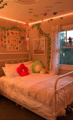 Indie Room Decor, Cute Bedroom Decor, Teen Room Decor, Aesthetic Room Decor, Room Ideas Bedroom, Bedroom Inspo, Indie Bedroom, Neon Room, Retro Room