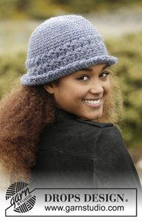 """Ready to Go - Crochet DROPS hat with star pattern in """"Eskimo"""". - Free pattern by DROPS Design"""