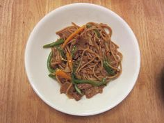 Saturday's Mouse: Orange Seitan and Noodle Stir Fry- Making food out of food, talking about it