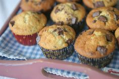 Banana cupcakes with chocolate Banana Cupcakes, Muffins, Chocolate, Baking, Breakfast, Food, Morning Coffee, Muffin, Bakken