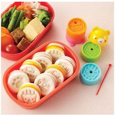 Buy Bento Teddy Bear Tower Sandwich Cutter & Stamp Set and other fun kids bento lunch ideas and gifts. Flat rate shipping or FREE delivery on orders over $150