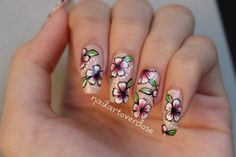 One stroke flowers nail art