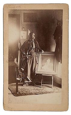 Quanah Parker with a painting of his mother, Cynthia Ann Parker. Native American Church, Native American Images, Native American Wisdom, Native American Tribes, Native American History, Quanah Parker, Indian Pictures, Native Indian, First Nations