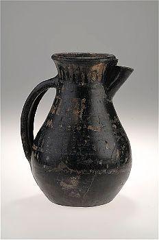 Viking age ceramic jug found in Adelso, Uppland, Sweden. Historiska museet Sweden.