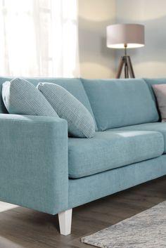 Sopisiko tämä turkoosi ihanuus sinun kotiisi? Malli: Monikko Verhoilu: Yedi Vaihtoehdot: modulisohva, 3-istuttava sohva, rahi, nojatuoli Jälleenmyyjä: Sotka-liikkeet #pohjanmaan #pohjanmaankaluste #käsintehty