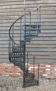Best Antique Cast Iron Spiral Staircase For Sale On Salvoweb 400 x 300