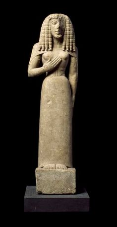 """Female statuette called """"Lady of Auxerre""""  - 640-630 BC.  Made in Crete? - Louvre Museum"""