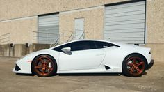 How would you like the chance to tame this wild bull? The team at Dallas Performance LLC equipped this gorgeous Lamborghini Huracan with these 19x9/19x13 Forgeline one piece forged monoblock SC1 wheels finished in Gloss Bronze! See more at: http://www.forgeline.com/customer_gallery_view.php?cvk=1862 #Lamborghini #Huracan #Forgeline #monoblock