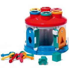 Les 12 encastrements et les clefs ouvrant chacune des 6 portes de cette maison aident les enfants à développer leur dextérité et à reconnaître les formes et les couleurs. Grâce à sa poignée, elle s'emporte partout.