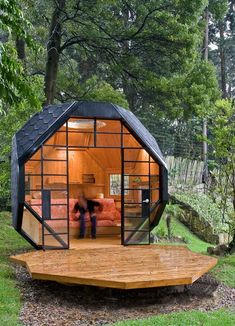 Small Wooden House | ... Spot : Fantastic Cool Backyard Designs Wooden Style Small House