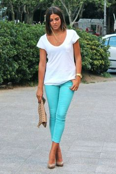 Plain white tee and bold statement jeans. Very chic!