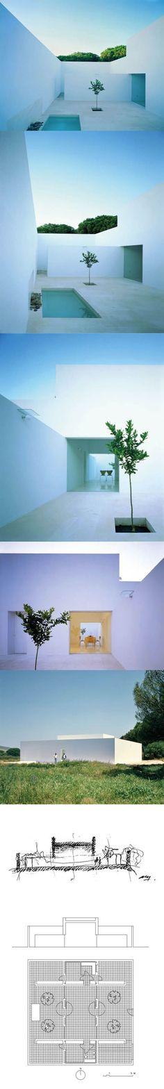 1992 Alberto Campo Baeza - Casa Gaspar / Vejer Cádiz Spain / white concrete / minimalism