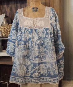 Magnolia Pearl European Cotton Eula 3/4 Sleeve Top with Rabbit Yoke, One Front Pocket, Lace Hemming, and Hand Stitched Mending