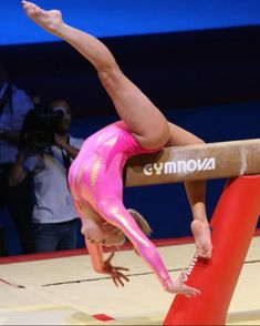 Nastia Liukin (United States) on balance beam at the 2008 Massilia Gym Cup Gymnastics Flexibility, Gymnastics Poses, Gymnastics Photography, Gymnastics Pictures, Olympic Gymnastics, Gymnastics Girls, Sport Photography, Gymnastics Leotards, Olympic Games