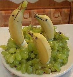nice fruit plate design..