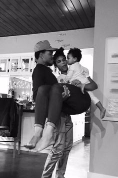 It's Complicated: Get the Details on Chance the Rapper's Relationship Status