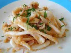 Calamari (cuttlefish) with lemon by lentil - Page Calamari (seppie) al limone by lenticchietta – Pagina 1 Calamari (cuttlefish) with lemon - Pet Food Delivery, Calamari, Pet Food Storage, Tapas Bar, Food Website, Antipasto, Italian Recipes, Macaroni And Cheese, Seafood