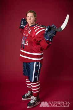 a5a6ffc04 Nicklas Backstrom shows off the Caps  2015 Bridgestone NHL Winter Classic®  jersey