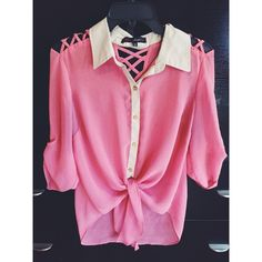 Pink & Cream Top Lots of detail in this shirt, good condition. HeartSoul Tops Button Down Shirts