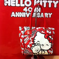 Hello Kitty 40th Anniversary tote bag, cosmetic bag and collector glass set of 4 pieces just arrived.