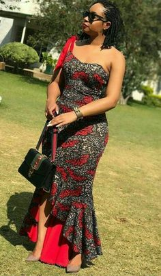 Beautiful Long Ankara Gowns that is in Vogue this remaining part of 2018 African Attire, African Wear, African Women, African Dress, Ankara Gown Styles, Ankara Gowns, Ankara Dress, African Fashion Ankara, African Print Fashion