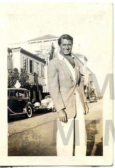 Cary Grant 1930. Holy Moly!!