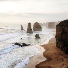 Amintiri din Australia. Ne-am dori să fim aici, acum. ☺️ #wanderlust #infinitetravel #traveltheworld #worldingram #liveauthentic #welltravelled #travelaroundtheworld www.haisitu.ro