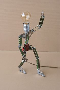 A reading lamp, standing up and talking back