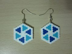 Pendientes hexagono espiral hama beads by Ursula