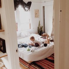 Family home// California House Tour interview Simple Bed Frame, Interior Inspiration, Bedroom Inspiration, Bohemian House, Inside Design, California Homes, Decoration, Ideal Home, House Tours