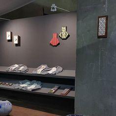 철수하러 가는 중🏃 _ . . #SeoyonChoe #YCeramics #ceramics #exihibition #Cheongju #craft #fair #koreaceramicfoundation #residency #ceramist #artist . #청주공예페어 #옛연초제조창 #한국도자재단 #기획전 #입주작가 #전시 #청주 #도예 Ceramics, Photo And Video, Instagram, Ceramica, Pottery, Ceramic Art, Porcelain, Ceramic Pottery