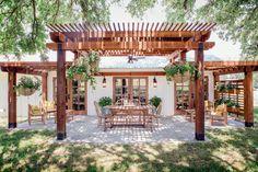 really like the patio and pergolos......