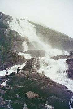 Langfoss by xTorfinnx on Flickr.