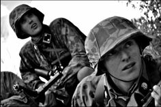 Two soldiers of the waffen ss totenkopf division