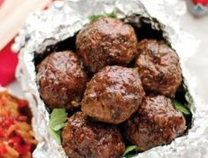 Padkos recipe: Curry lamb frikadelle with tomato and red pepper relish - Getaway Magazine South African Dishes, South African Recipes, Africa Recipes, Mince Dishes, Savoury Dishes, Mince Recipes, Cooking Recipes, Meatball Recipes, Paleo Recipes