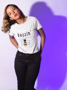 Grab this cute bee shirt for yourself or as cute gift for christmas! Vegan Fashion, Ethical Fashion, Bee Makeup, Vegan Shopping, Cute Bee, Vegan Gifts, Fashion Outfits, Womens Fashion, Fashion Trends