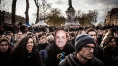 Nuit debout : Regen, Liebe und Revolution Die Protestbewegung Nuit debout aus Paris will Frankreich verändern. Sie harren aus in der Kälte, diskutieren und tanzen – wie diese Bilder zeigen. Revolution, Winter Hats, Couple Photos, Couples, Europe, Dance, France, Rain, Love