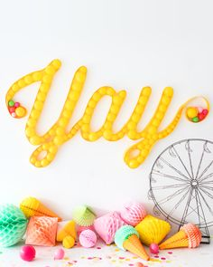 17 fun ways to bring the balloon wall trend to your next party, like a balloon marquee. Balloon Backdrop, Balloon Wall, The Balloon, Balloon Columns, Graduation Party Decor, Grad Parties, Graduation Celebration, Themed Parties, Birthday Parties