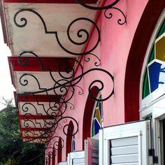 Hotel Los Jazmines en Viñales #cuba #viñales #hotel  #losjazmines #tourist #colour #details #total_cuba #loves_cuba #ig_cuba #pink #rosa by mercecg64
